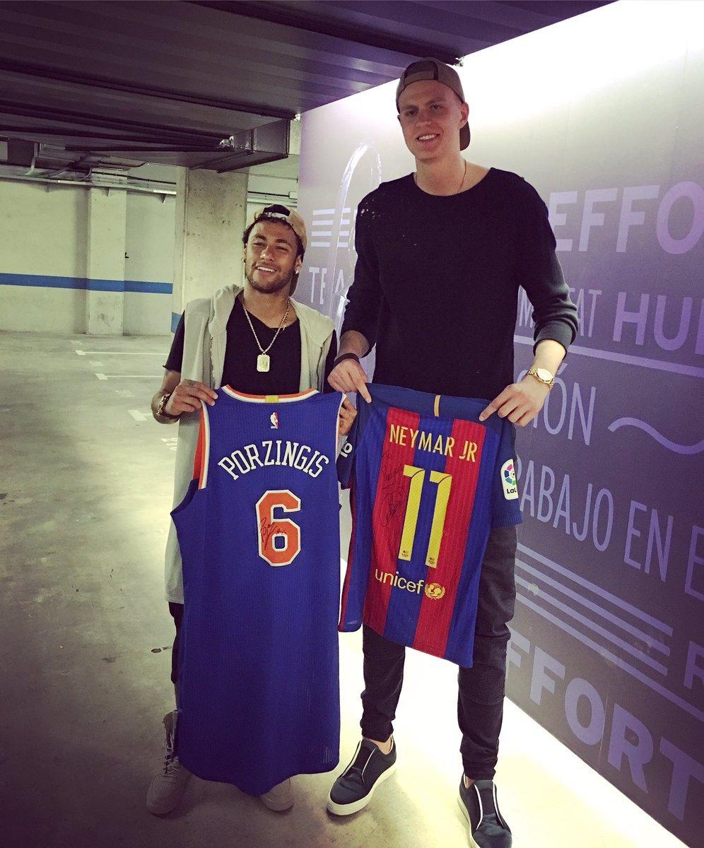 ¿Cuánto mide Neymar? - Altura y peso - Real height 14941074310744