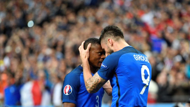 Oliver Giroud offers support to Patrice Evra after ban. Skysports-patrice-evra-olivier-giroud-france_4152585