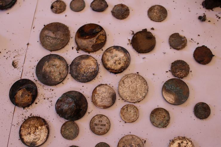 Dos alemanes encuentran un tesoro enterrado en Polonia  3756857_900