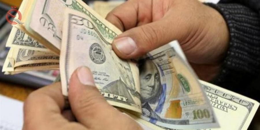 The stability of the dollar exchange rate in local markets 13246