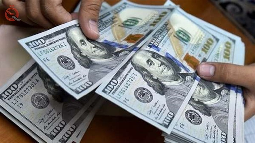 The stability of the dollar exchange rate in the local markets 22082