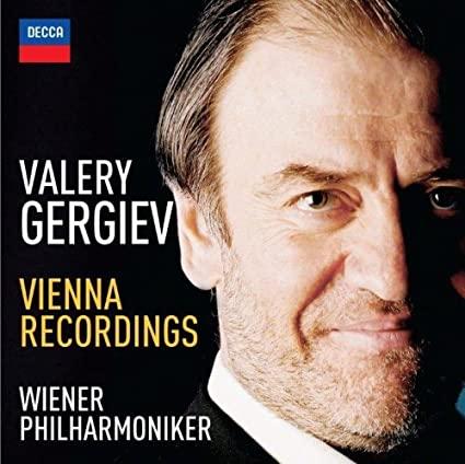 Valery Gergiev - Page 4 511xE3YzueL._SX425_