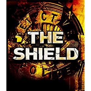 The Shield (07) / EN 61FcrIHg9nL._SL500_AA300_