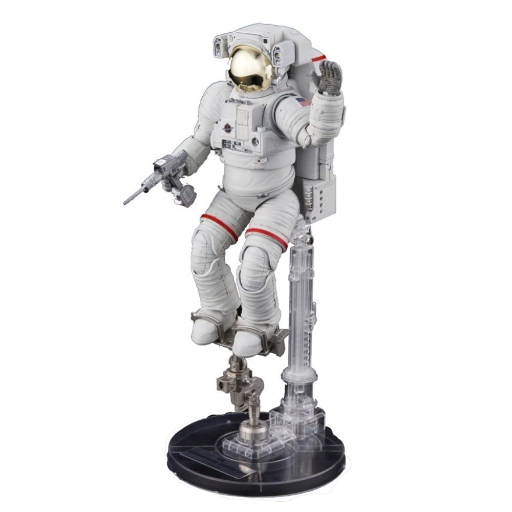 Bandai Hobby ISS Space Suit Extravehicular Mobility Unit 1/10 Exploring Lab 61KvAKJd%2B2L._AA1000_