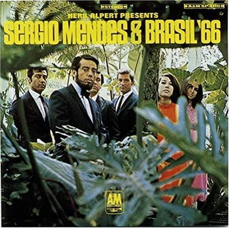 Tropicalia 60's (Caetano Veloso, Os Mutantes, Gilberto Gil, Gal Costa etc) 61oJEsKy0dL._SX450_