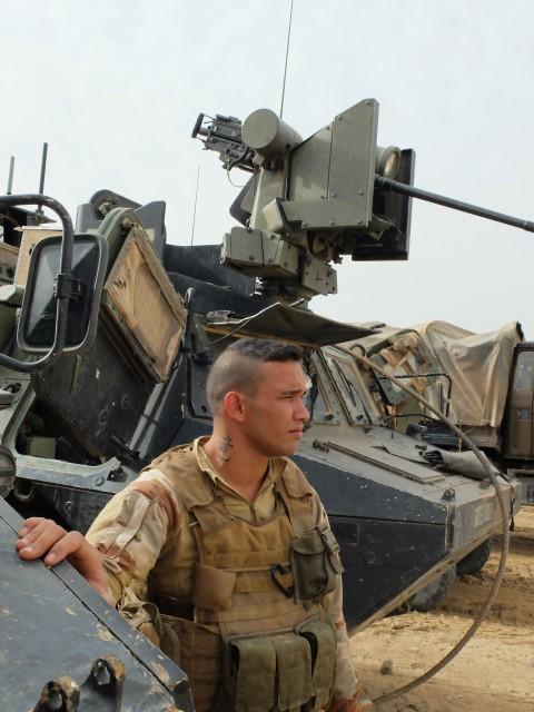 Très belles photos de soldats varois dans la fournaise malienne   Notre envoyé spécial a suivi, à Gao, les militaires varois de l'opération Barkhane. Entre humanitaire et sécurisation, une guerre pour la paix. Immersion. 10-08-2015-09-14-52