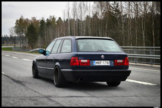 Bmw e34 525 Touring - Sivu 8 _smaller