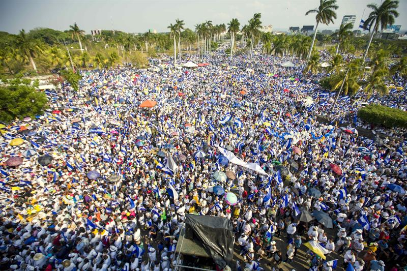 Noticias Internacionales - Página 23 MASIVA-MARCHA-NICARAGUA-JUSTICIA-MUERTOS-PROTESTAS