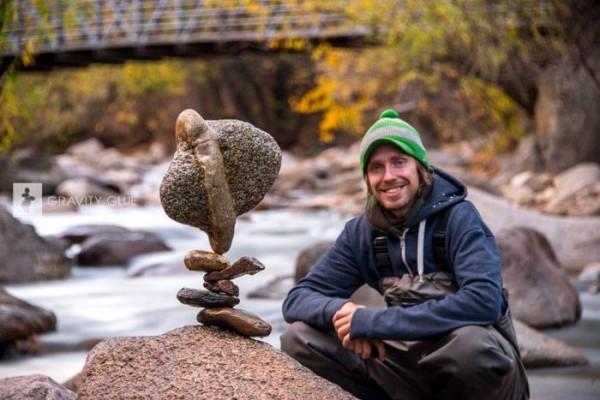 C'est de toute beauté : sites et lieux magnifiques de notre monde. Rocks-gravity-and-patience-Stone-Balance-by-Michael-Grab14-600x400