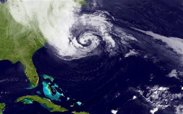 Najzanimljiviji prirodni fenomeni Hurricane-sandy_2381667b-600x374