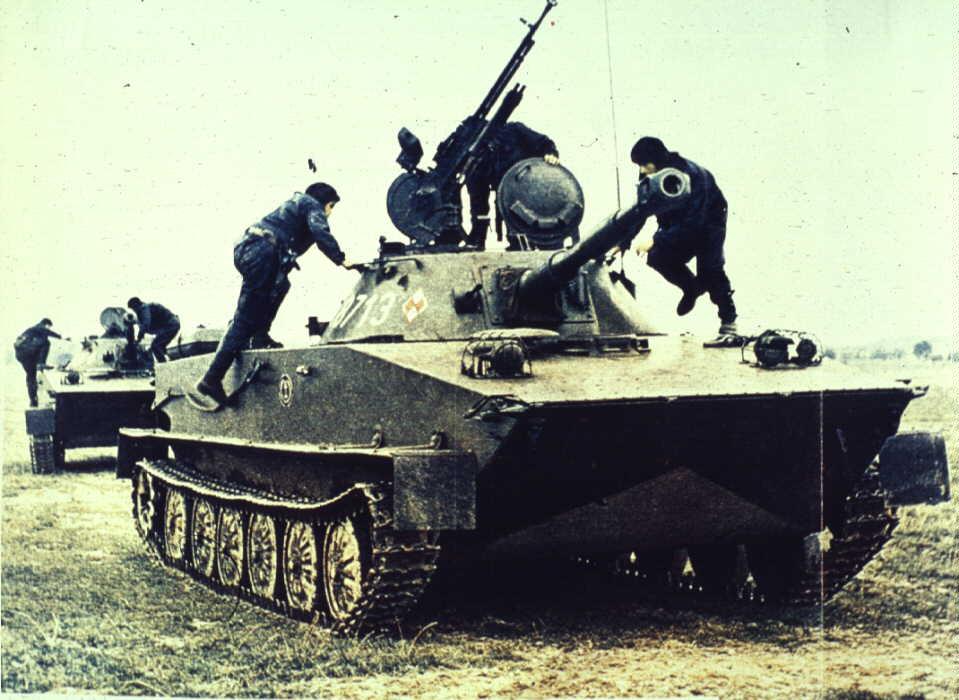 PT-76B Pt76_beszallas