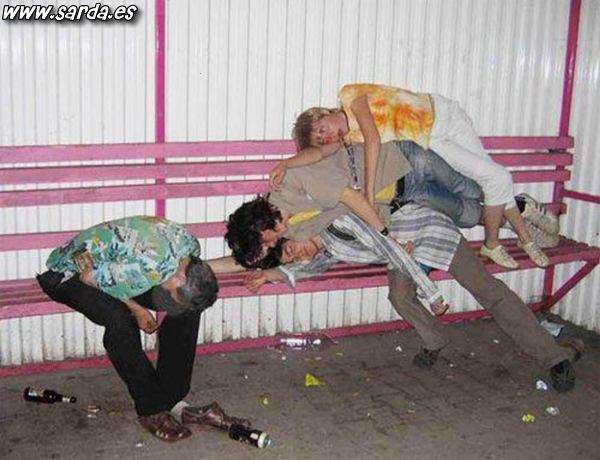 HILO: Joder, qué fotos...!!! Demasiado-borrachos