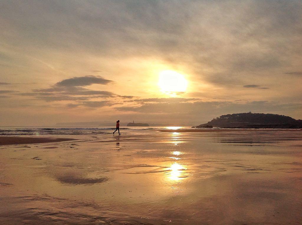 L'homme et le Soleil ... - Page 3 Running-sardinero