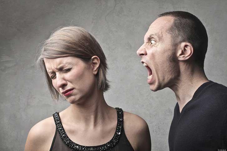 ¿Deberiamos de excluir a gente con problemas emocionales de funciones de jurado? Abuso-emocional