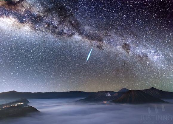 Everything you need to know: Eta Aquarid meteor shower Meteor-Eta-Aquarid-Mount-Bromo-Justin-Ng