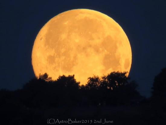 Full Strawberry Moon on June 2 Moon-6-2-2015-Kat-Baker-Italy-e1433241168531