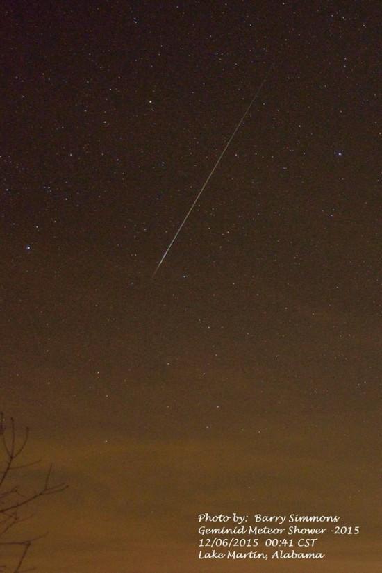 2015 Gemind meteor shower photos Geminid-12-6-2015-Barry-Simmons-Lake-Martin-AL-e1449761879363