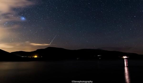 2015 Gemind meteor shower photos Meteor-Geminid-Lough-Talat-Steve-Photography-e1449920363723