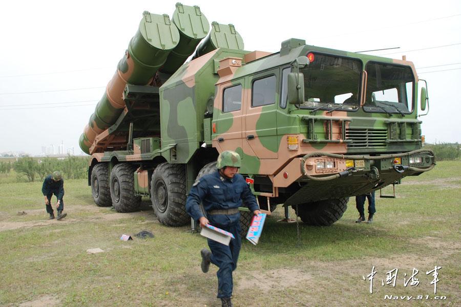 الجزائر : صلاحيات نائب وزير الدفاع الوطني F201212140831362283407830