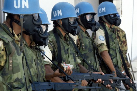 Zapatos nuevos (1 Mayo) United-Nations-Soldiers-460x307