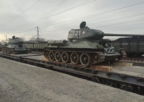 Russia-Laos military cooperation Tank-550%285%29
