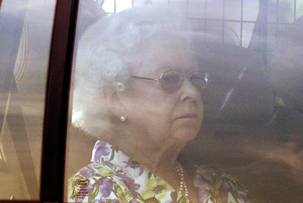 Isabel II, Reina de Gran Bretaña e Irlanda del Norte - Página 39 1374494132_190696_1374513745_album_normal