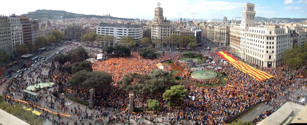 """Conflicto """"nacionalista"""" Catalunya, España. [1] - Página 2 1381533398_123455_1381582610_portada_grande"""