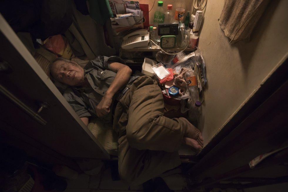 Hong Kong: Viviendo en jaulas... más de 100.000 personas. 1494401460_495526_1494401598_album_normal