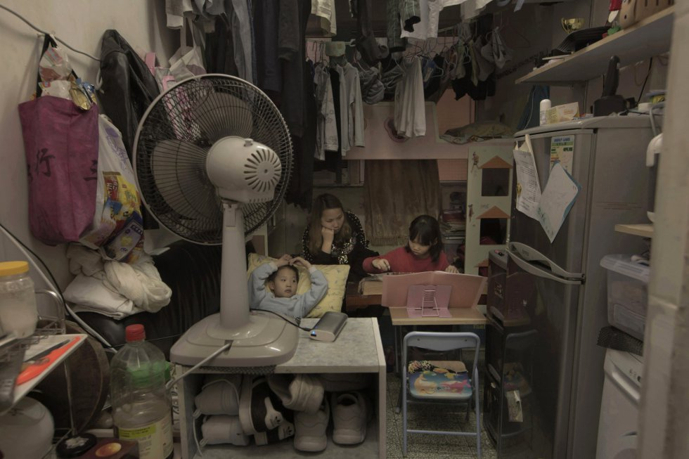 Hong Kong: Viviendo en jaulas... más de 100.000 personas. 1494401460_495526_1494401600_album_normal