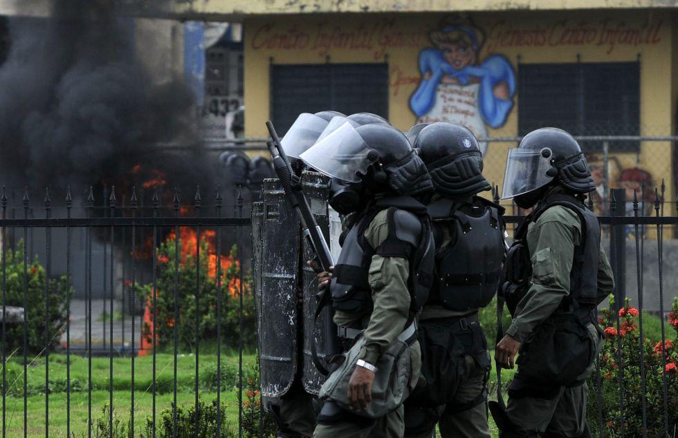 Panamá: protestas y represión. 1351084338_363611_1351093363_sumario_grande