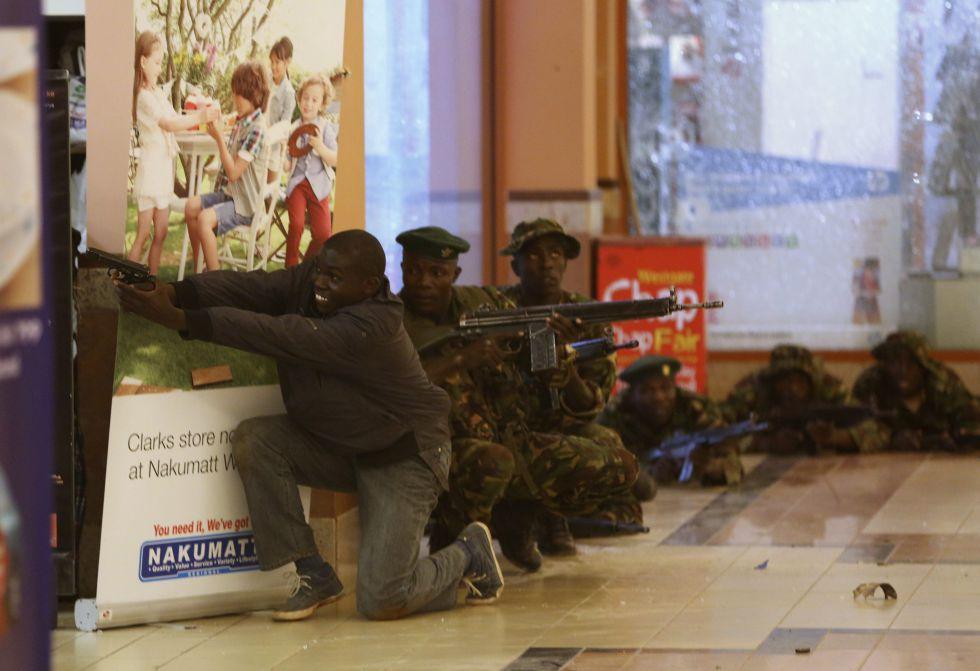 Matanza en Nairobi: Al menos 30 personas muertas en un centro comercial. 1379770367_703721_1379784236_album_normal