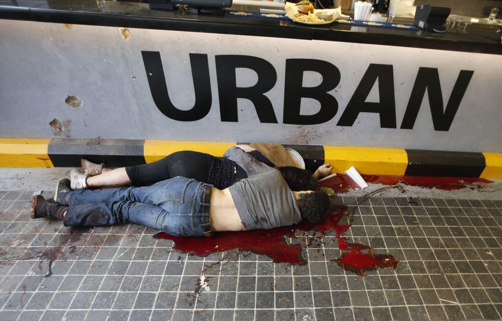 Matanza en Nairobi: Al menos 30 personas muertas en un centro comercial. 1379770367_703721_1379784389_album_normal