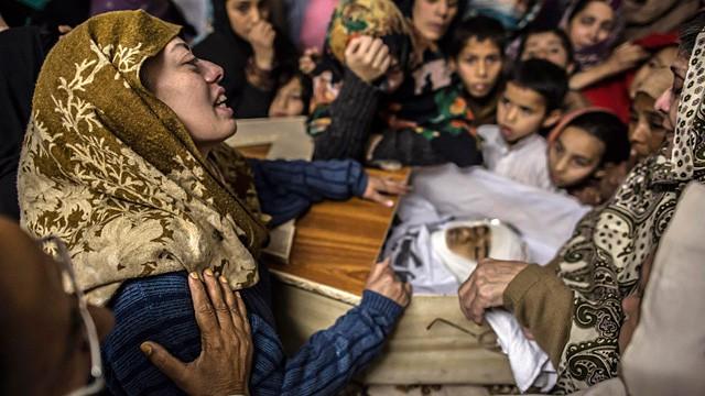 OPINIONES sobre los 132 escolares muertos en un ataque talibán en Pakistán. 1418716401_117631_1418750667_noticia_fotograma