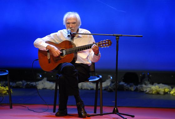 Muere Georges Moustaki 1369298545_533805_1369298663_noticia_normal