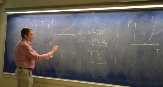 Aún hay clases en la Universidad en España. 1446206875_723926_1446211150_noticia_normal