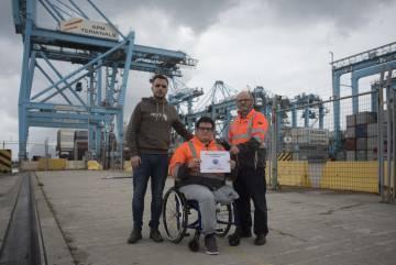 Estibadores portuarios.  El sindicalismo  democrático ayuda al  capital. - Página 2 1487442912_911821_1487445420_sumario_normal