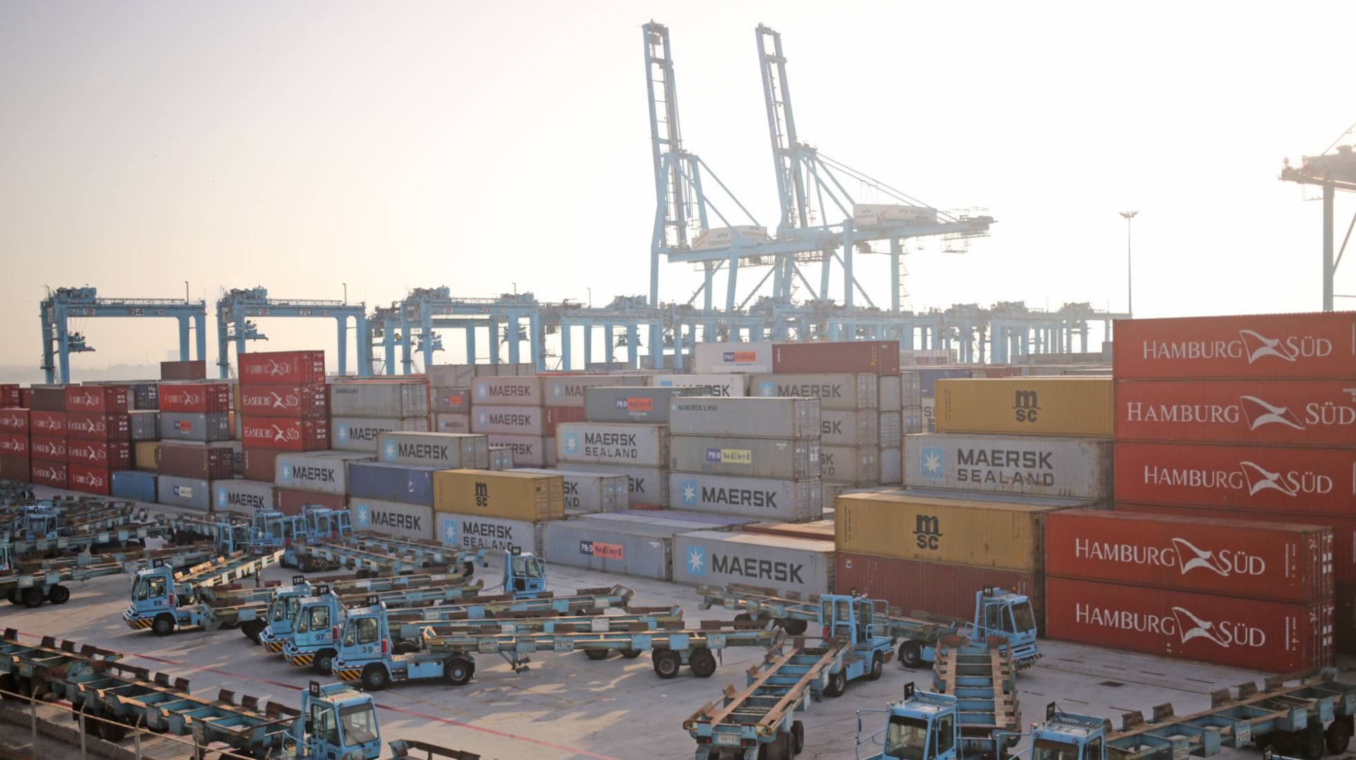Estibadores portuarios.  El sindicalismo  democrático ayuda al  capital. - Página 7 1497960275_756329_1497960379_noticia_normal_recorte1