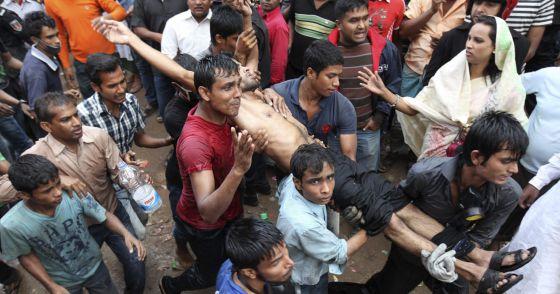 Bangladesh - Bangladesh: Centenares de proletarias y proletarios mueren en fábricas textiles  1353948885_364907_1353950254_noticia_normal