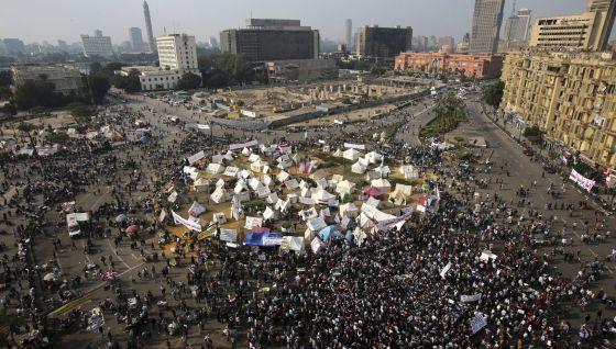 Egipto:  lo que dicen y lo que hacen el Estado y  las  fuerzas capitalistas. - Página 3 1354023870_686541_1354024094_noticia_normal