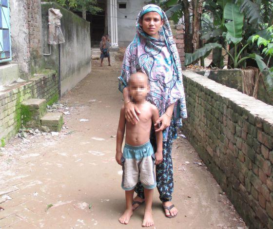 Bangladesh: Centenares de proletarias y proletarios mueren en fábricas textiles  - Página 2 1371225314_748245_1371226288_sumario_normal