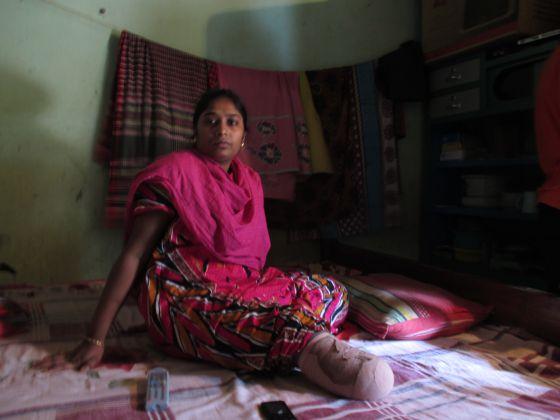 Bangladesh: Centenares de proletarias y proletarios mueren en fábricas textiles  - Página 2 1371225314_748245_1371226380_sumario_normal