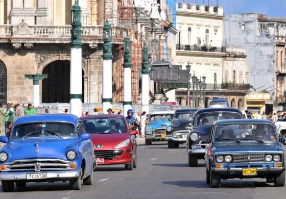 Capitalismo en Cuba, privatizaciones, economía estatal, inversiones de capital internacional. - Página 3 1387476657_053579_1387477402_noticia_normal