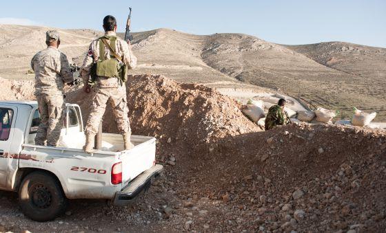 El frente sirio radical engulle un pedazo del norte de Líbano 1425575349_721323_1425577883_noticia_normal