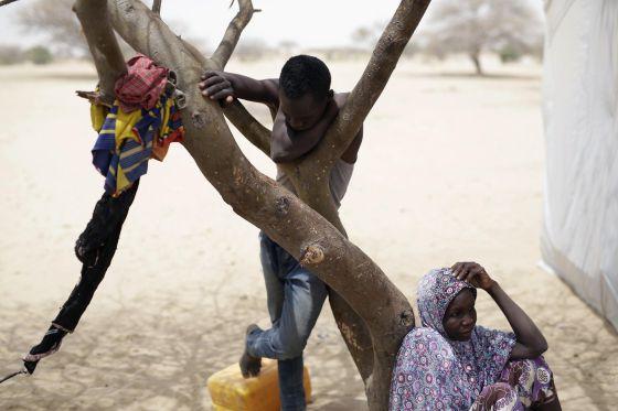 Conflicto armado en Nigeria - Página 4 1425762653_831755_1425763389_noticia_normal