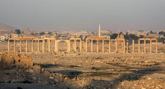 Los 'guerreros' sirios del arte 1431891925_106645_1431892044_noticia_normal