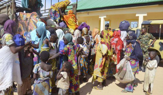 Conflicto armado en Nigeria - Página 5 1438589362_461219_1438589489_noticia_normal