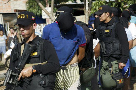 Colombia - Venezuela y Colombia se enredan en un conflicto marítimo 1440297989_432766_1440298451_noticia_normal