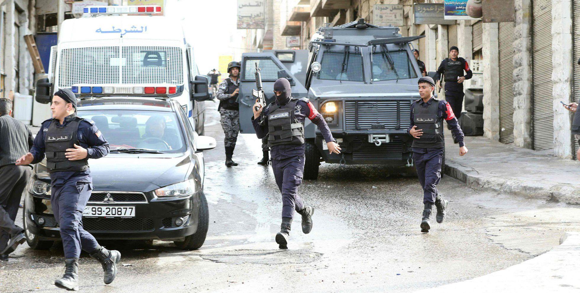 Jordania concentra tanques en la frontera con Siria 1456937722_584289_1456937943_noticia_normal_recorte1