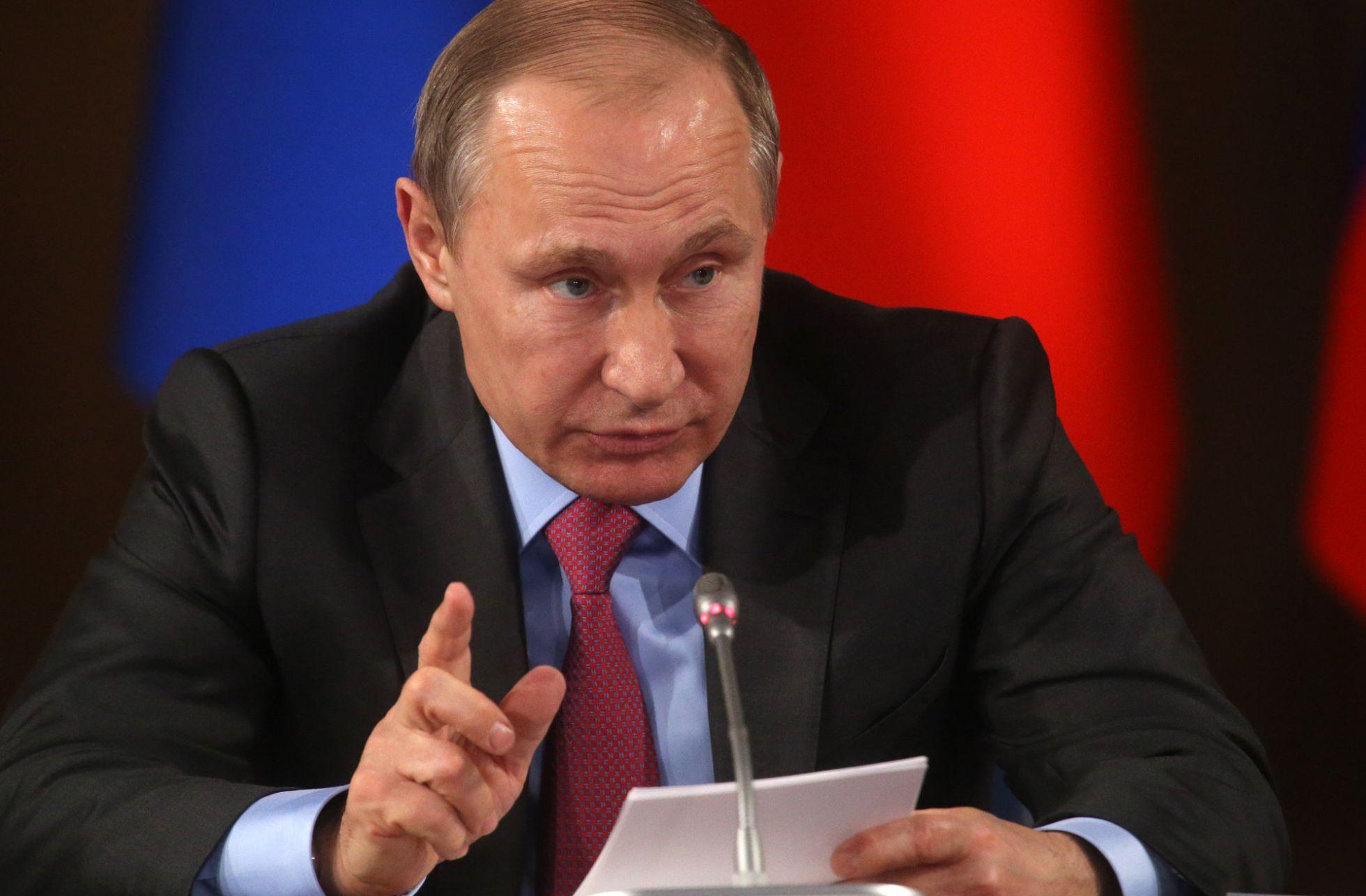 El Senado de Rusia autoriza el uso de las Fuerzas Aéreas en Siria - Página 39 1457977475_667089_1457977887_noticia_normal_recorte1