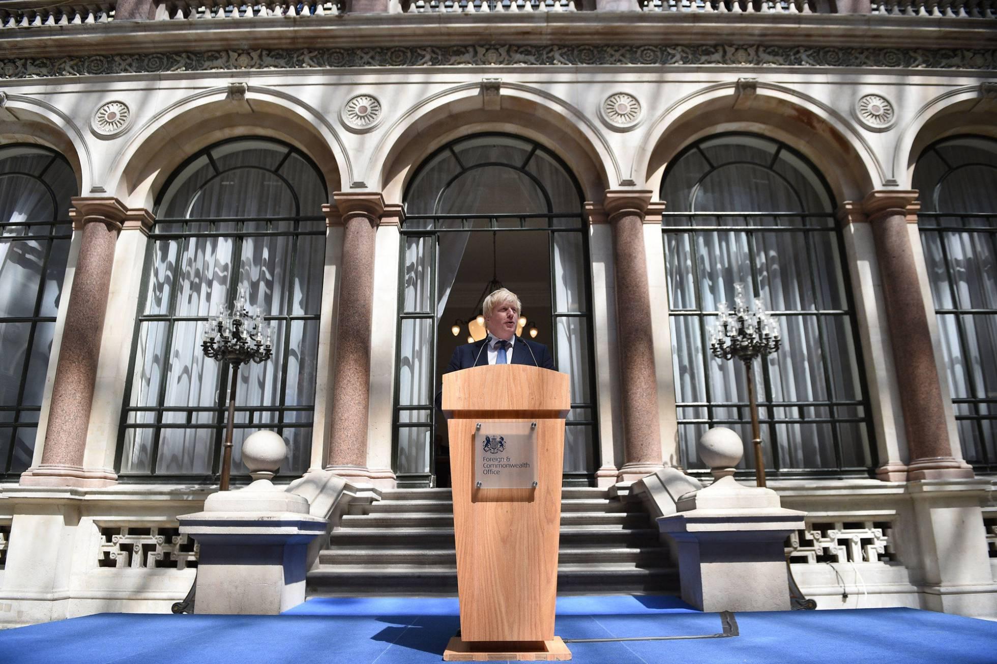 Tambalea la Unión Europea - Página 5 1468776544_250053_1468776735_noticia_normal_recorte1